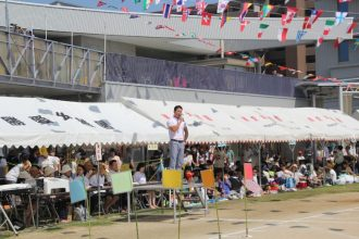 柳澤弘樹先生、運動会に来園