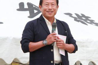 柳澤秋孝先生、八重子先生、弘樹先生運動会参観